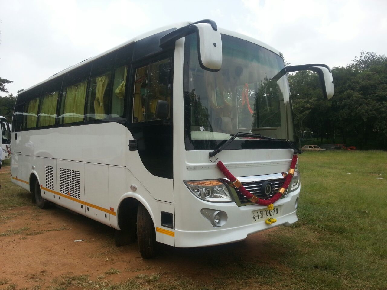 21 Seater Bus hire bangalore