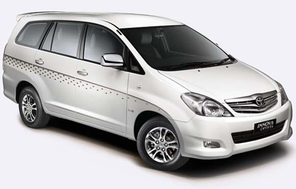 Hire the best quality Toyota Innova